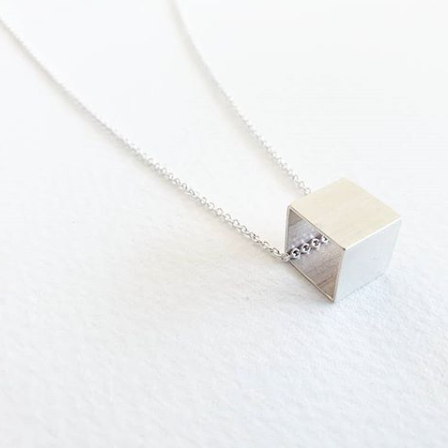 LA TERRA JEWELRY-CUBIC NECKLACE-H34