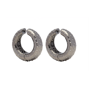 PANTOLIN OSTRICH HOOP EARRINGS BLACK SILVER