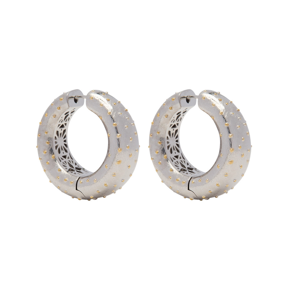 PANTOLIN OSTRICH HOOP EARRINGS SILVER