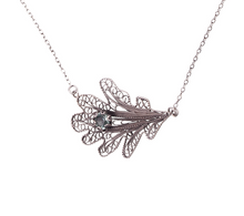 Load image into Gallery viewer, YVONE CHRISTA-OAK LEAF-NECKLACE-C5090-CLOSE