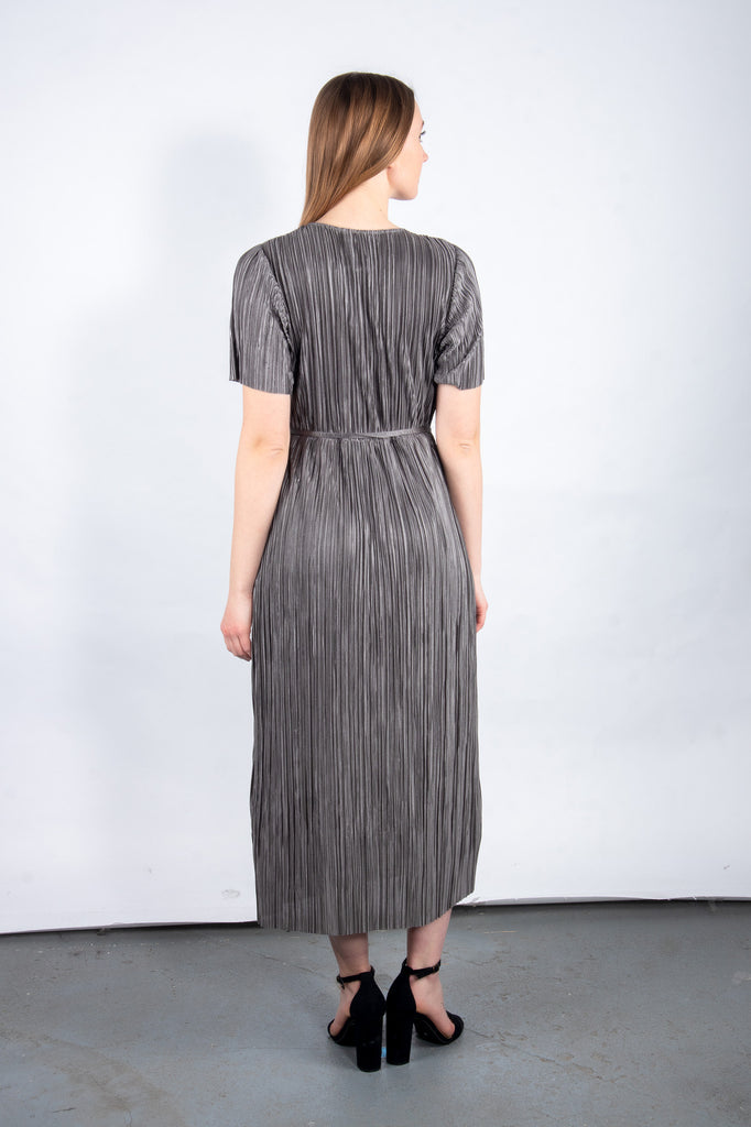 KEEN ON PLEATS DRESS