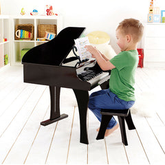 Hape Grand Piano 30-Key Boy Playing 3