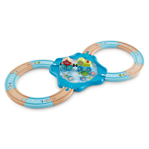 HaPe Figure 8 Undersea 15 Piece Train Set