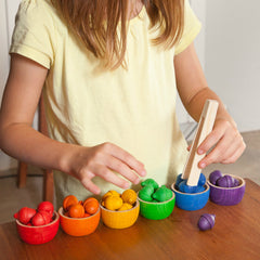 Grapat Rainbow Colour Bowls with Acorns & Tongs 3