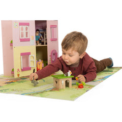 Le Toy Van Daisy Lane Bunny & Guinea Pig Playset Boy 2