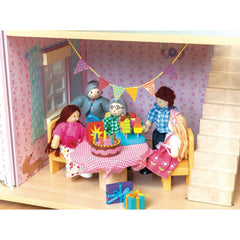 Le Toy Van Daisy Lane Party Time Accessory Pack In Doll House