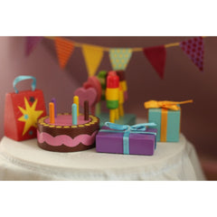 Le Toy Van Daisy Lane Party Time Accessory Pack 3