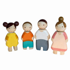Tender Leaf Toys Wooden Family of Four 2