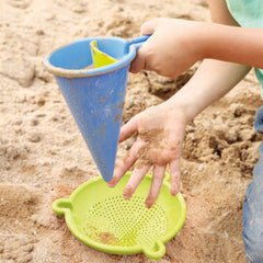 Haba Sand and Water Play Spilling Funnel with Sieve Beach