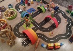 Waytoplay King of the Road 44 Piece Rubber Road Set 3