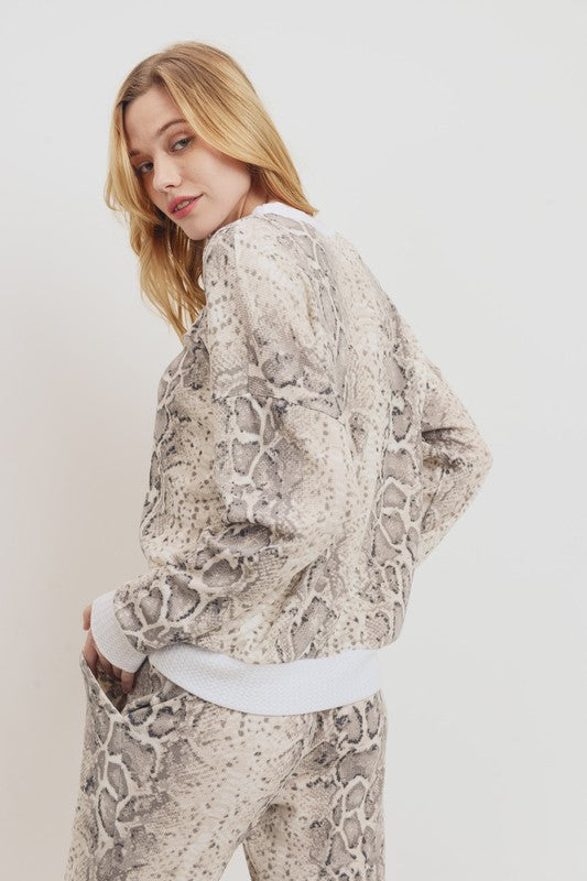 Snake Print Thermal Set - AcousticLiving