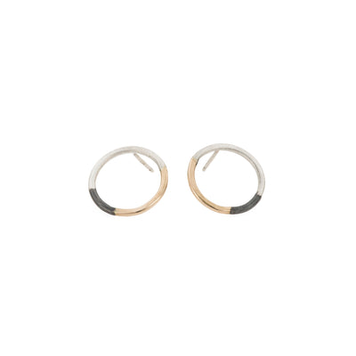 E305t.yg Tri-Toned Circle Post Earrings in Yellow Gold, Sterling Silver and Oxidized Silver