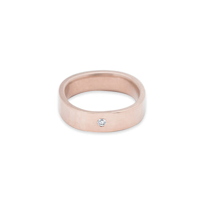 GRS5.rg-1.5 5mm Matte Rose Gold Hammered Round Ring with 1.5mm Diamond