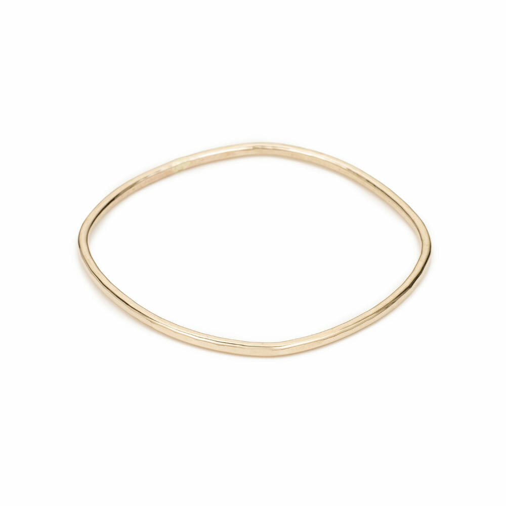 B100yg Thick Individual Square Bangle Bracelet in Yellow Gold