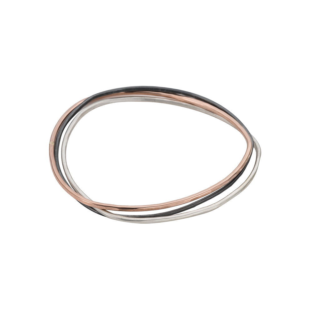 B93.5t.rg 3-Loop Tri-Toned Mixed Metal Interlocking Bangle Bracelet in Yellow Rose Gold, Sterling and Black Oxidized Silver