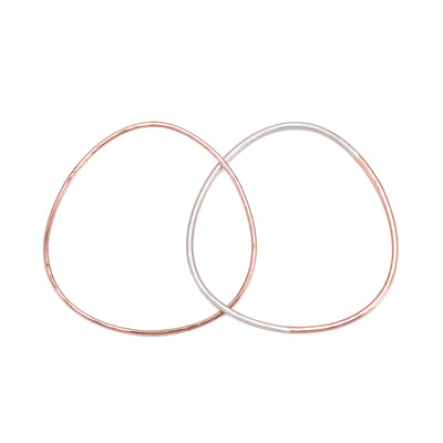 B101.2g.rg 2-Loop Two-Toned and Monotone Interlocking Bangle in Silver and Rose Gold