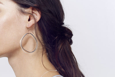E315t.rg Tri-Toned Mixed Metal Multi-Hoop Earrings on Model