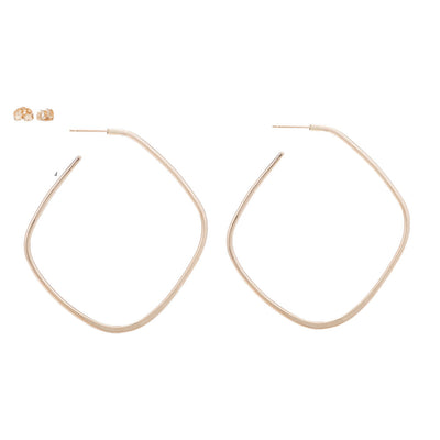 E327yg Large Square Hoop Earrings in Yellow Gold
