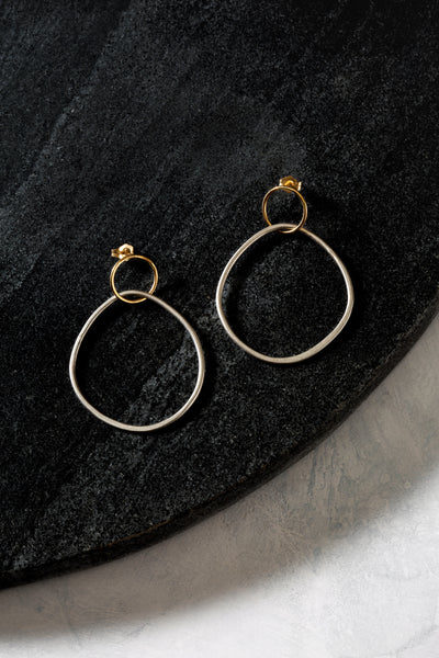E350s.yg Interlocking Circle & Pear Post Earrings in Sterling Silver and Yellow Gold