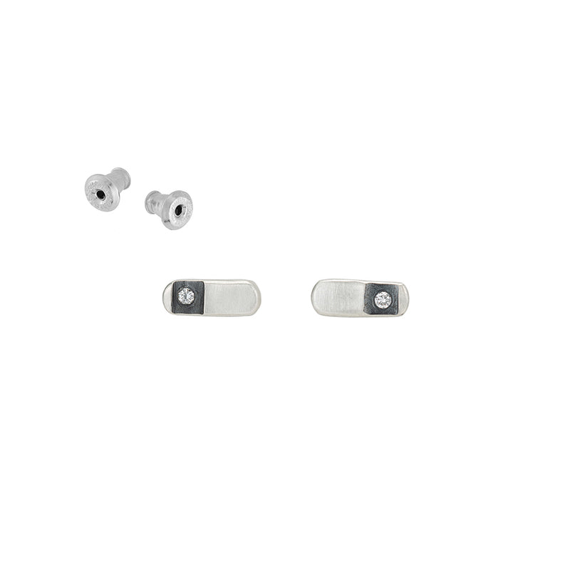 E359 Black & White Channel Rectangular Stud Earrings
