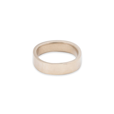 GRS5.yg 5mm Matte Yellow Gold Hammered Round Ring