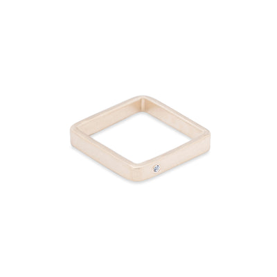 GSQ3.yg-1.5 3mm Matte Yellow Gold Hammered Square Ring with 1.5mm Diamond