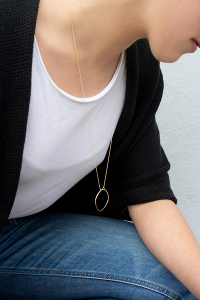 N301x.yg Long Black & Gold Rounded Square Necklace