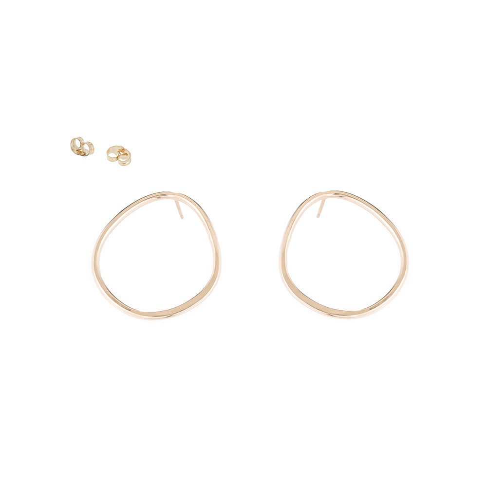 E351yg Pear Stud Earrings in Yellow Gold