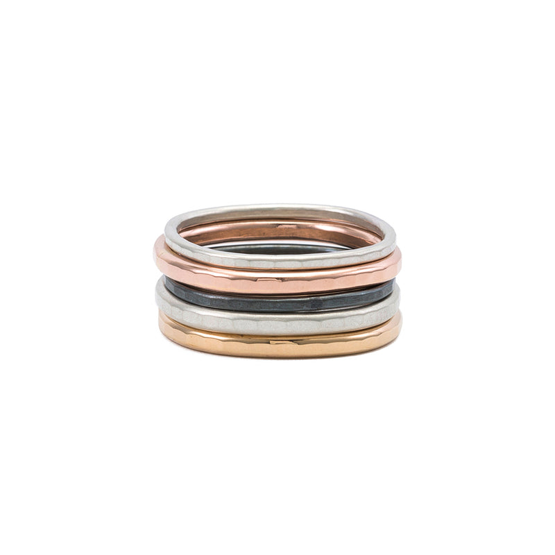 R48.RND 7-Stack Four Color Round Stack Ring