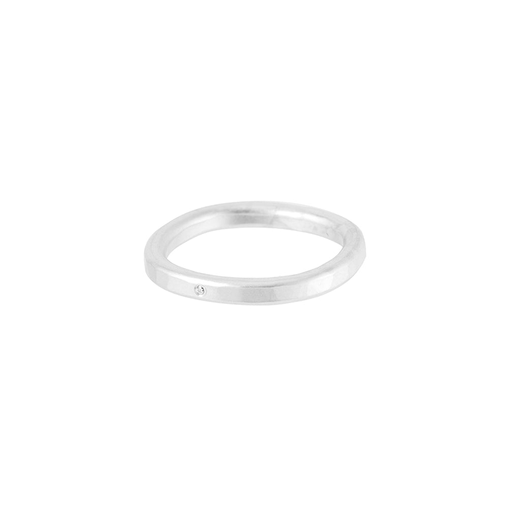 TSRS-1.0 2.5mm Wide Sterling Silver Round Ring with Diamond