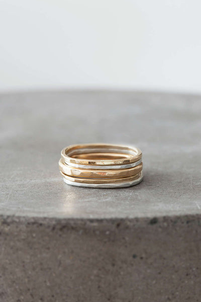 R19g.yg 5-Stack Short Round Gold & Silver Ring Set