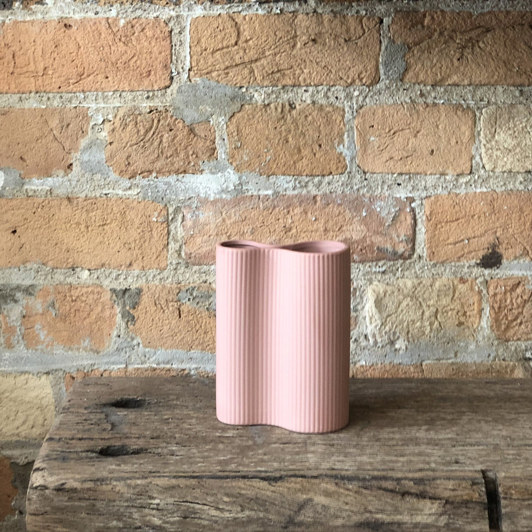 Ribbed Infinity Vase - Small