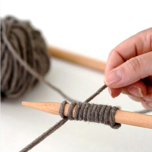 Knitting: Casting On