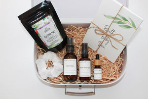 Pregnancy Pregnant Expecting Mum Mumma Gift Hamper Box Birth Childbirth Preparation Raspberry Leaf Tea Uterus Strength Strengthening Breast Milk Supply Boost Herbs Essential Oil Spray Blends Positive Birth Affirmation Cards Labour Confidence Midwife Tea Nourishing Nourish Natural Organic Empowering Woman Women Strong Confident Baby Newborn Luxe Beginnings Hamper Keepsake