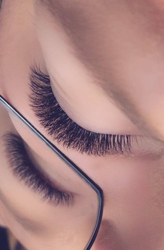 Acompte formation Volume Russe de base 27 avril & 4 mai - Chagrimm Lashes