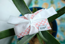 Load image into Gallery viewer, Ferox Gift Card Wrap
