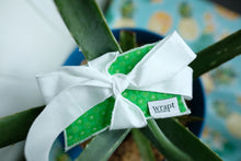 Load image into Gallery viewer, Greeni Gift Card Wrap