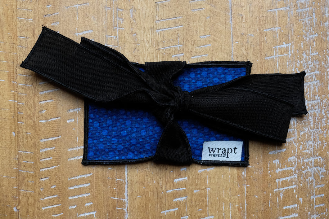 Blue Dot Gift Card Wrap