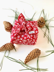 Red Snowflake Wrap