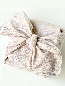 Cashew Pumpkin Gift Wrap with Bakery Box (Large)