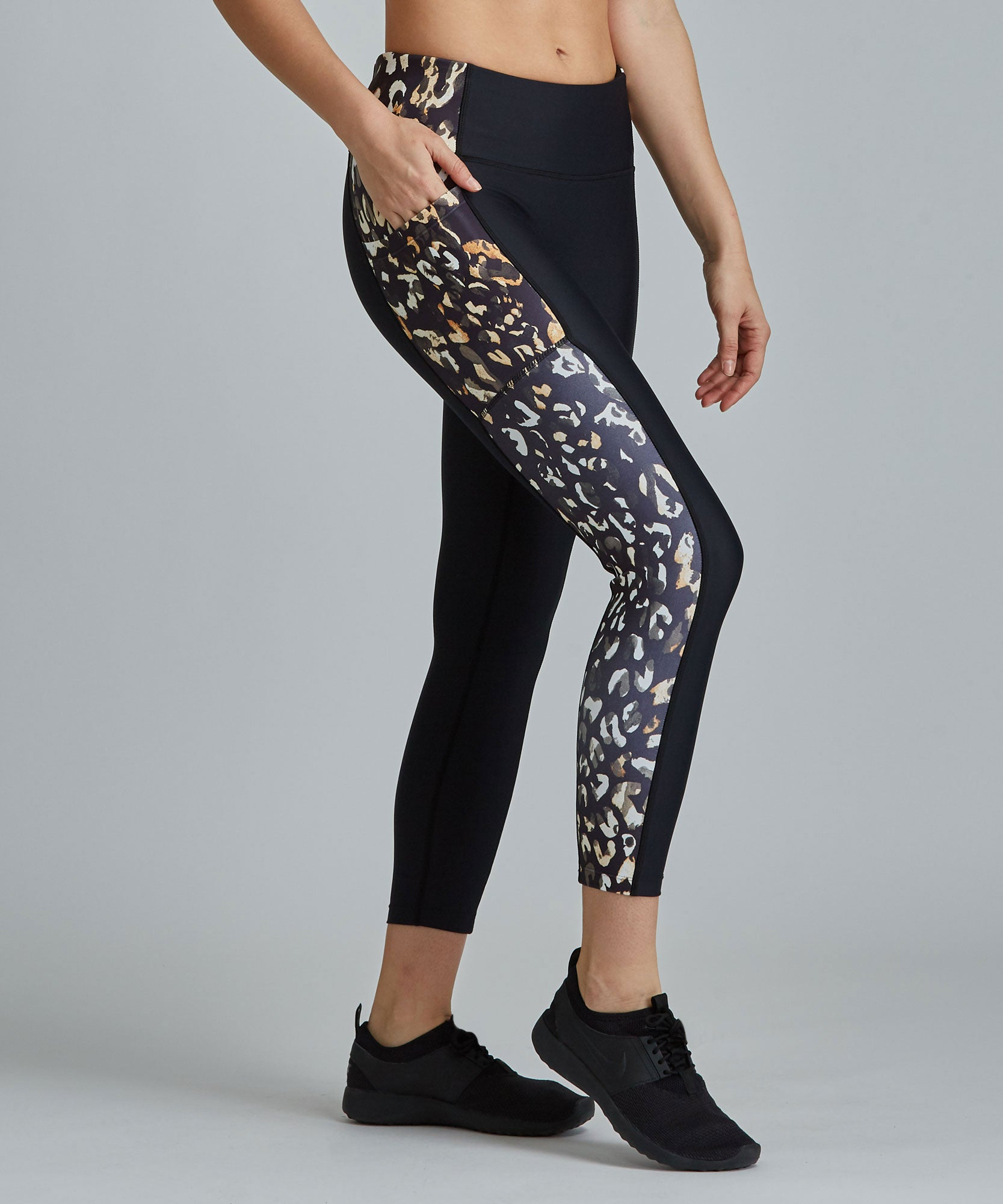 Mobility 7/8 Legging - Black/ Ombre Cheetah