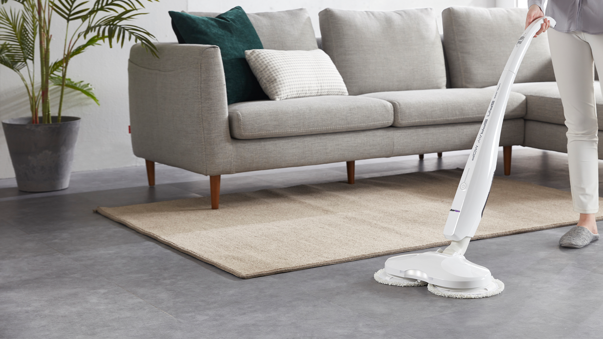 Robokleen wireless spin mop