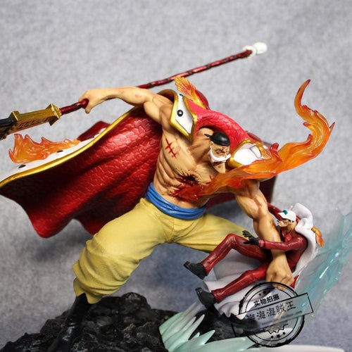 Figurine One Piece - Barbe Blanche (Edward Newgate) vs Sakazuki