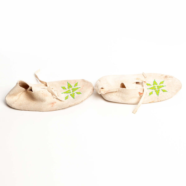White Hide Mocassins Green/Yellow Beads