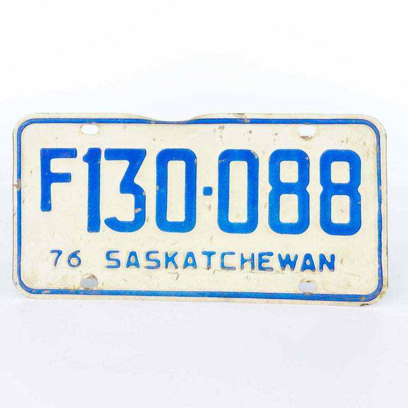 1976 Saskatchewan License Plate