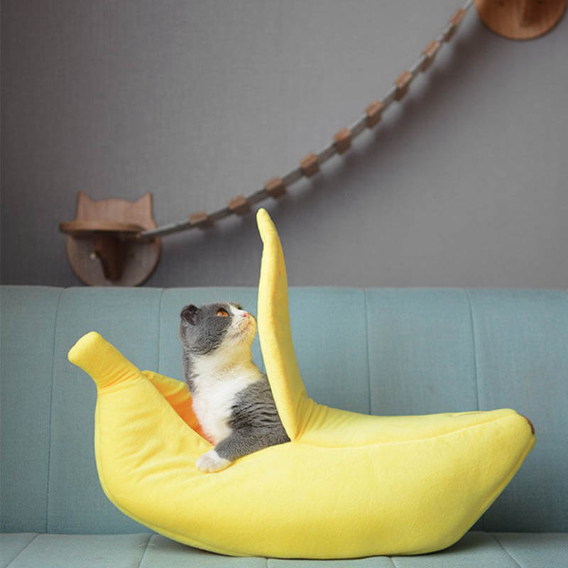 Cozy Cute Banana Cat Bed Portable Kennel - Faciipet