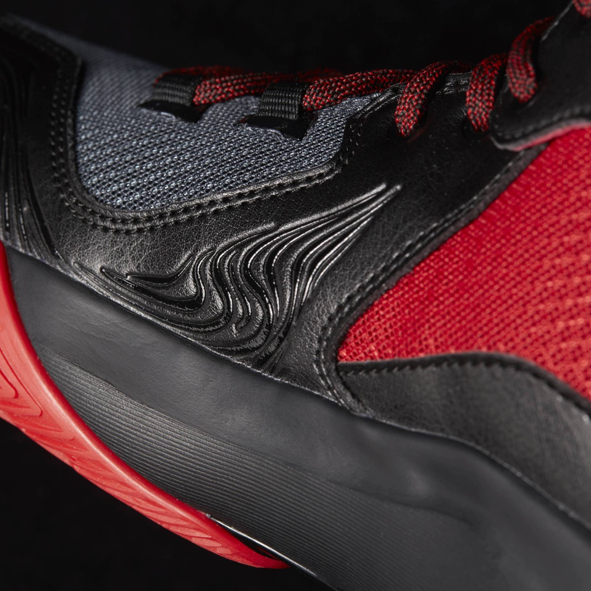 Adidas D-Rose 773 V Basketball Boot/Shoe - Black/Red