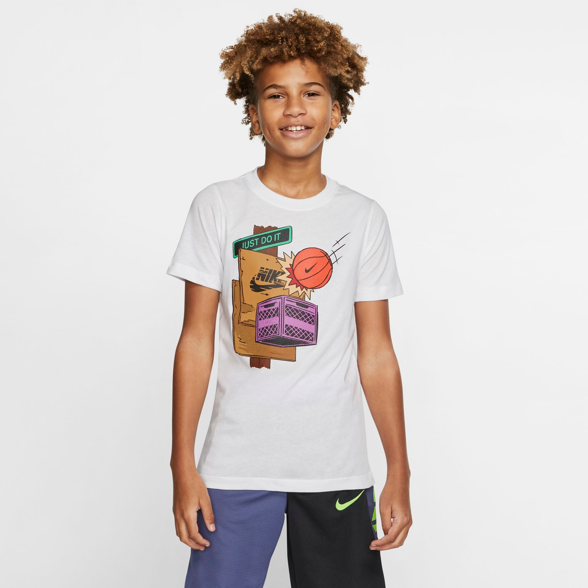 Nike Kids Sportswear Graphic Tee - NK-CT2646-100