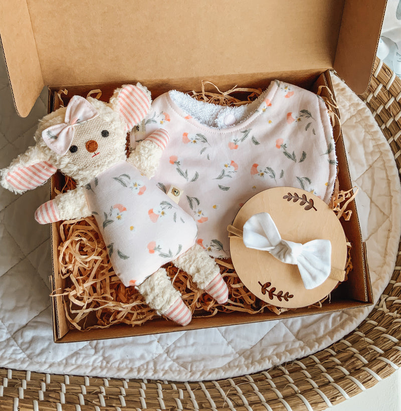 Mini Chenille Lamb Giftbox - Pansy