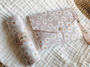 Nappy Wallet & Changemat Duo | Blush Daisy
